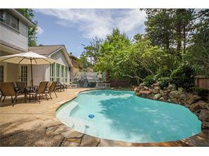 15 Wind Trace Court, The Woodlands, TX 77381