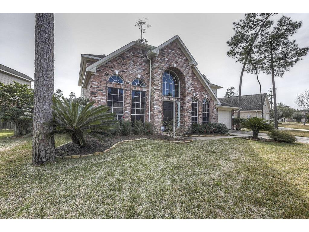 Photo of home for sale at 13607 Clareton Lane, Cypress TX