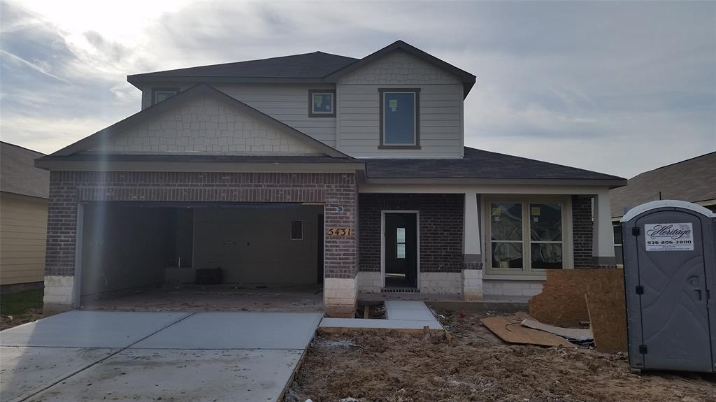 Photo of home for sale at 5431 Casa Martin Drive, Katy TX