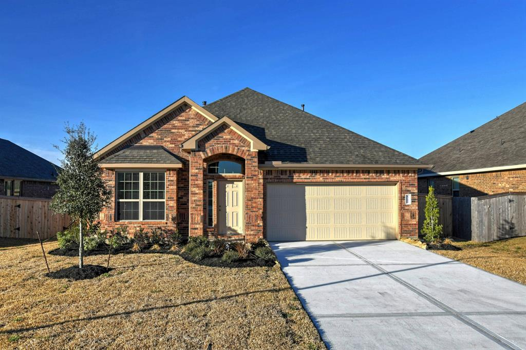 Photo of home for sale at 17523 Cypress Hilltop, Hockley TX