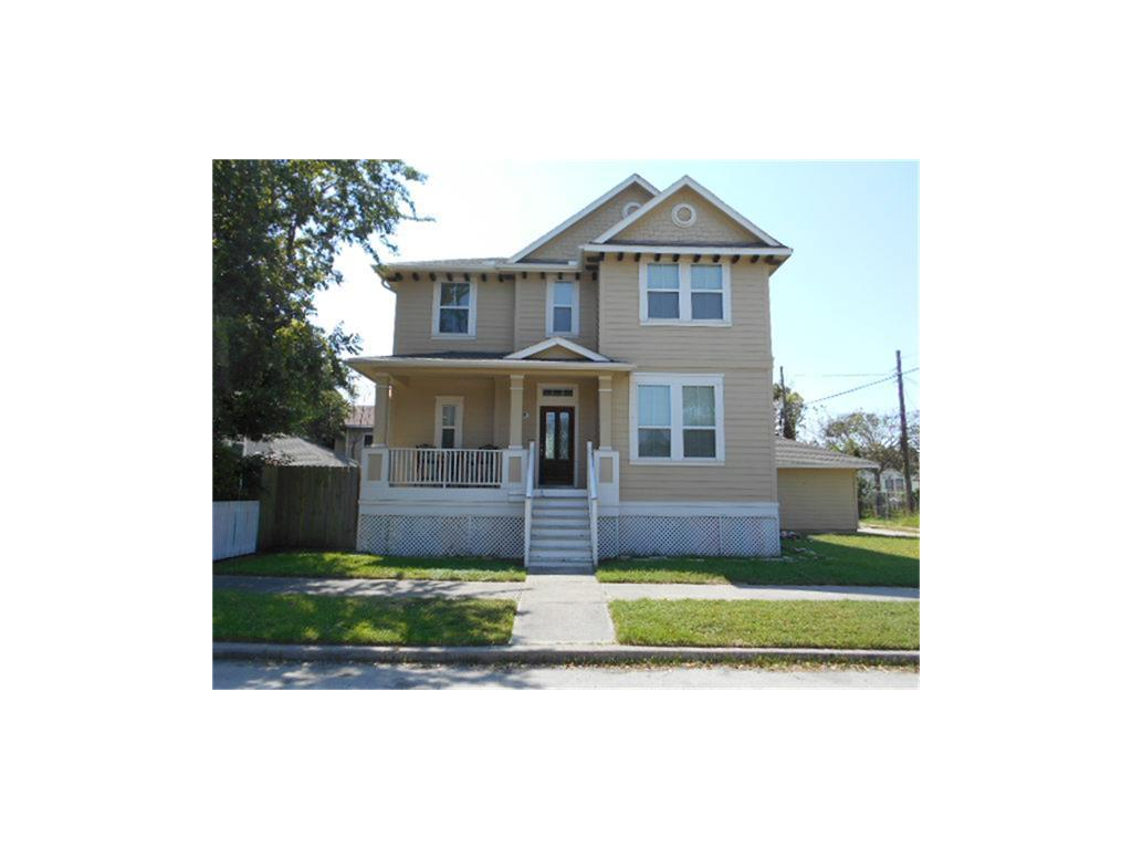 Photo of home for sale at 1815 28th, Galveston TX