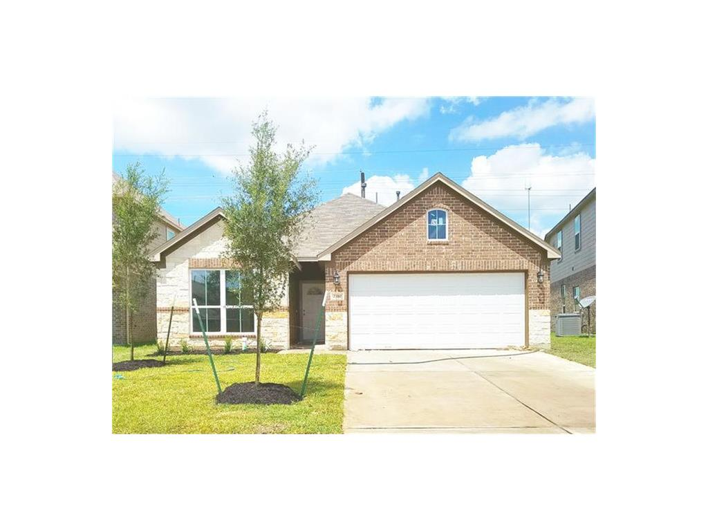 Photo of home for sale at 12226 Elm Orchard, Humble TX