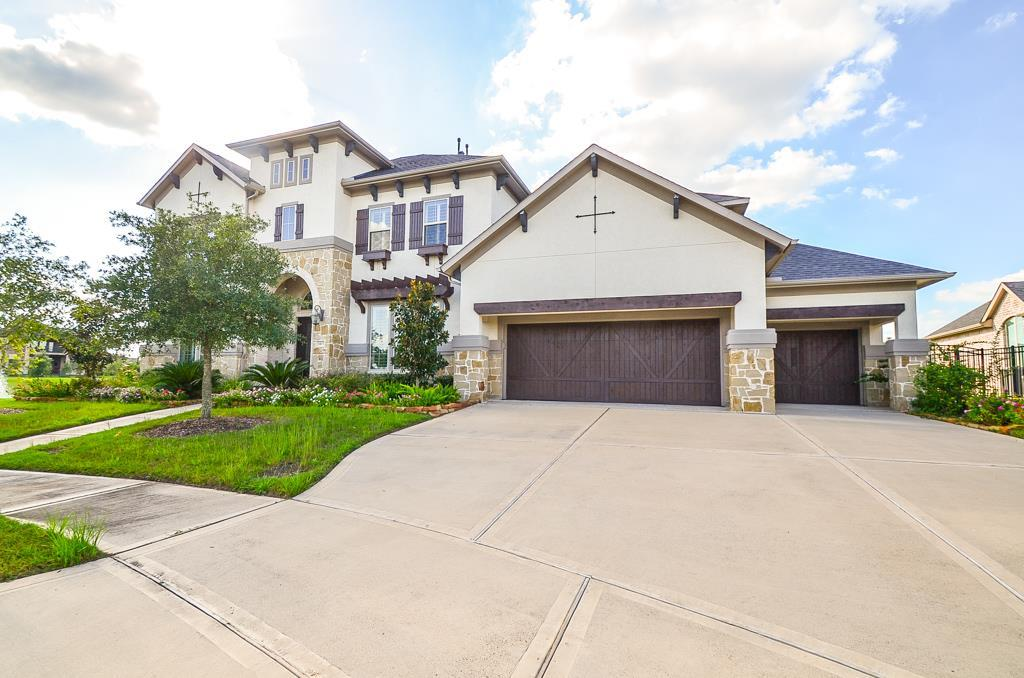 Photo of home for sale at 5403 Fleming Rock Lane, Fulshear TX