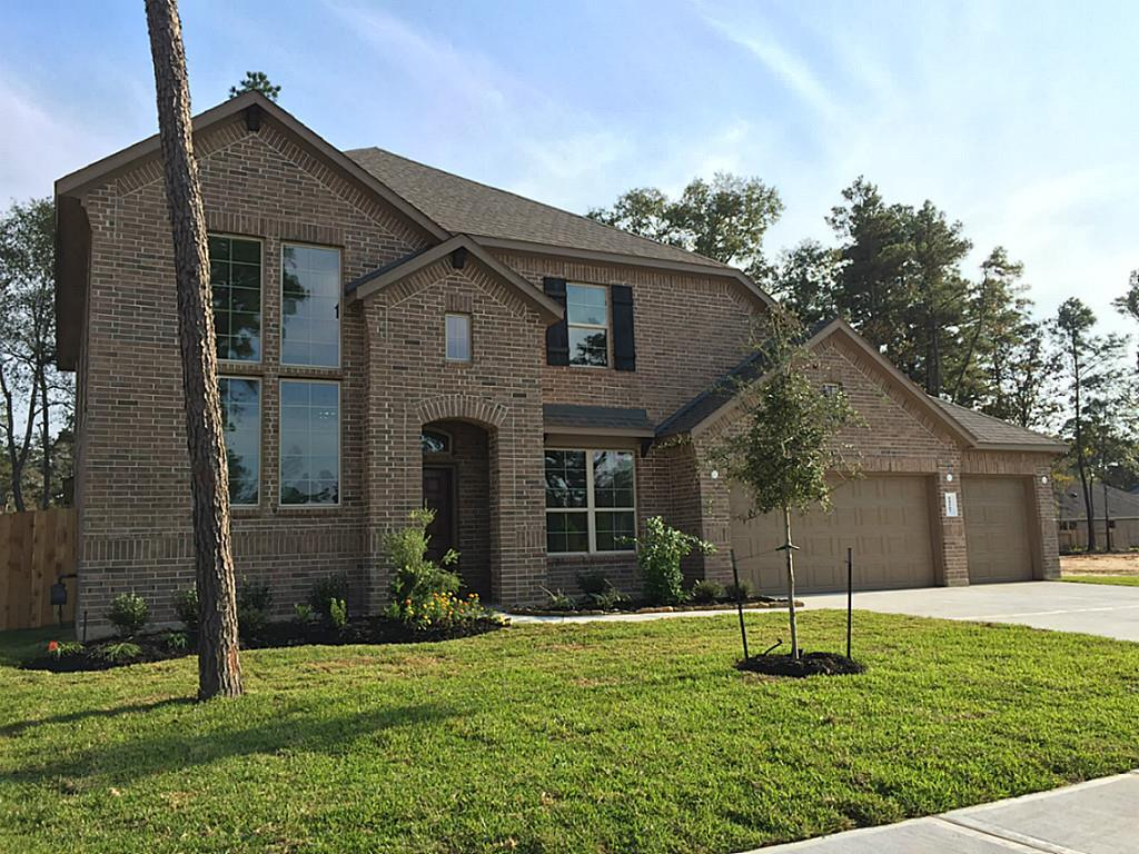 Photo of home for sale at 14107 Ash Mountain Lane, Conroe TX