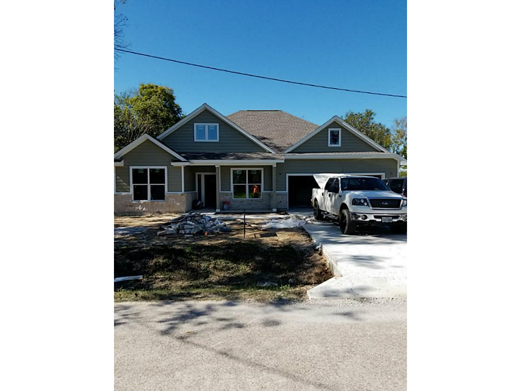 Photo of home for sale at 1502 Beauty, Dayton TX