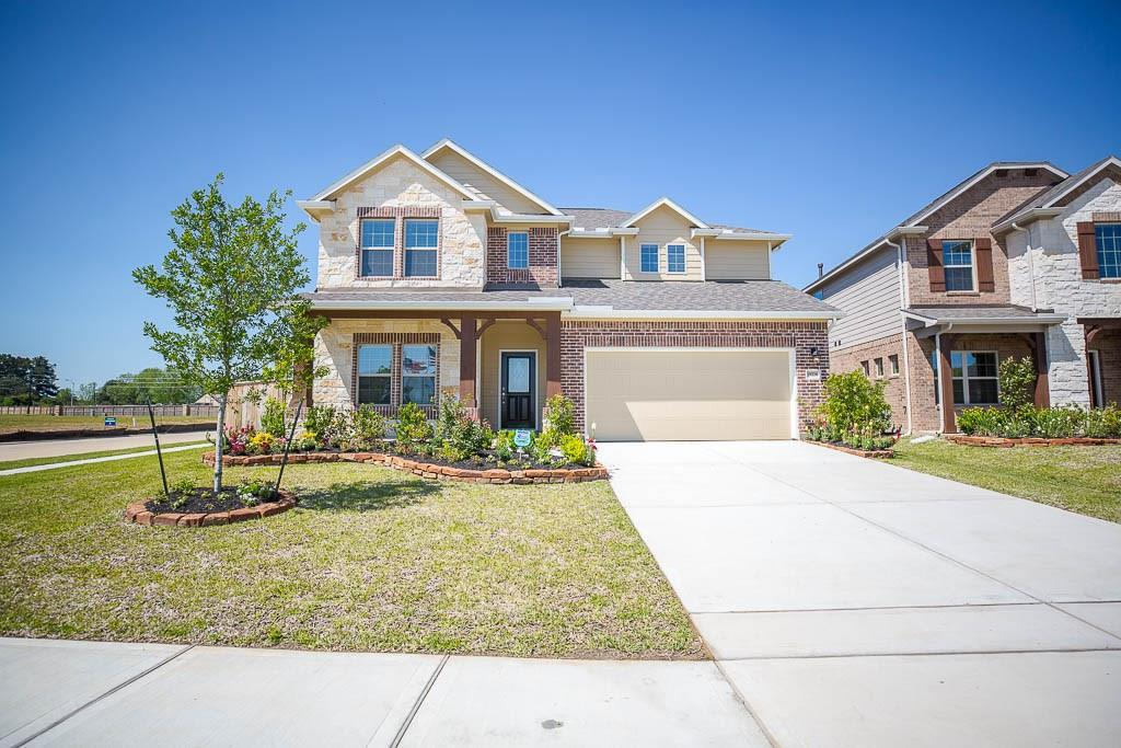 Photo of home for sale at 19226 Jenny Creek Court, Tomball TX