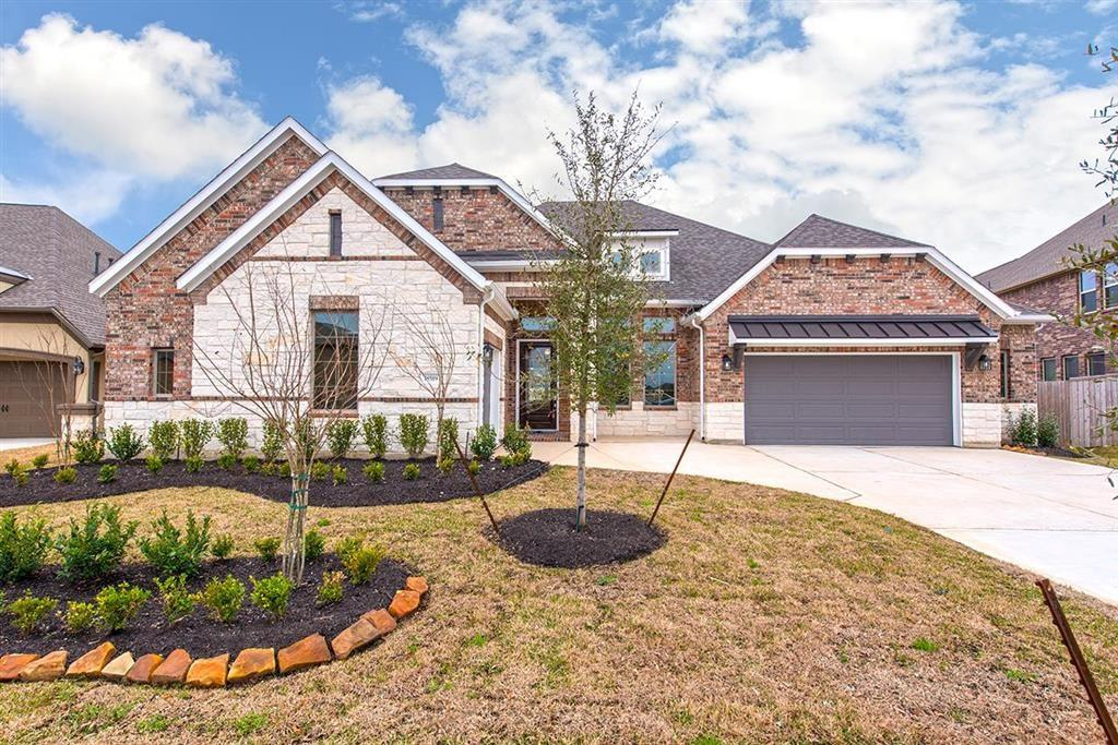 Photo of home for sale at 18519 Spellman Ridge, Tomball TX