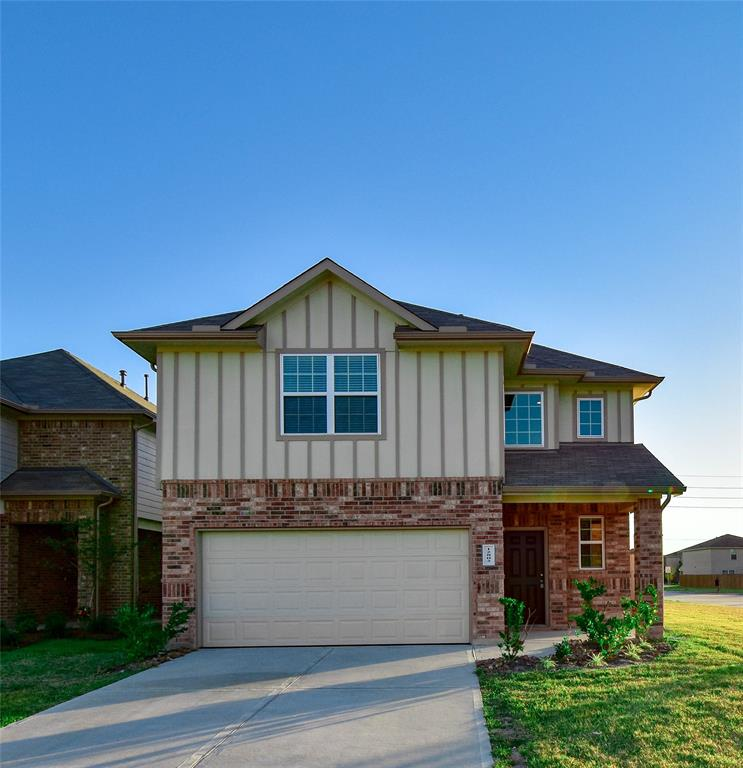 Photo of home for sale at 12802 City Green Trail, Houston TX