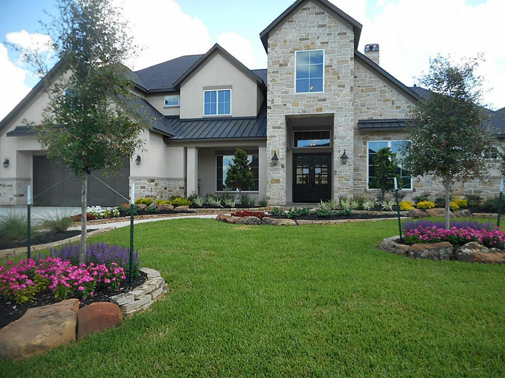 Photo of home for sale at 19214 W Austin Bayou, Cypress TX