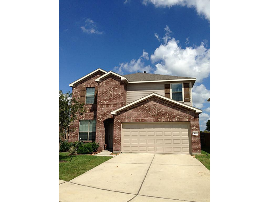 Photo of home for sale at 19222 Calico Place Lane, Cypress TX
