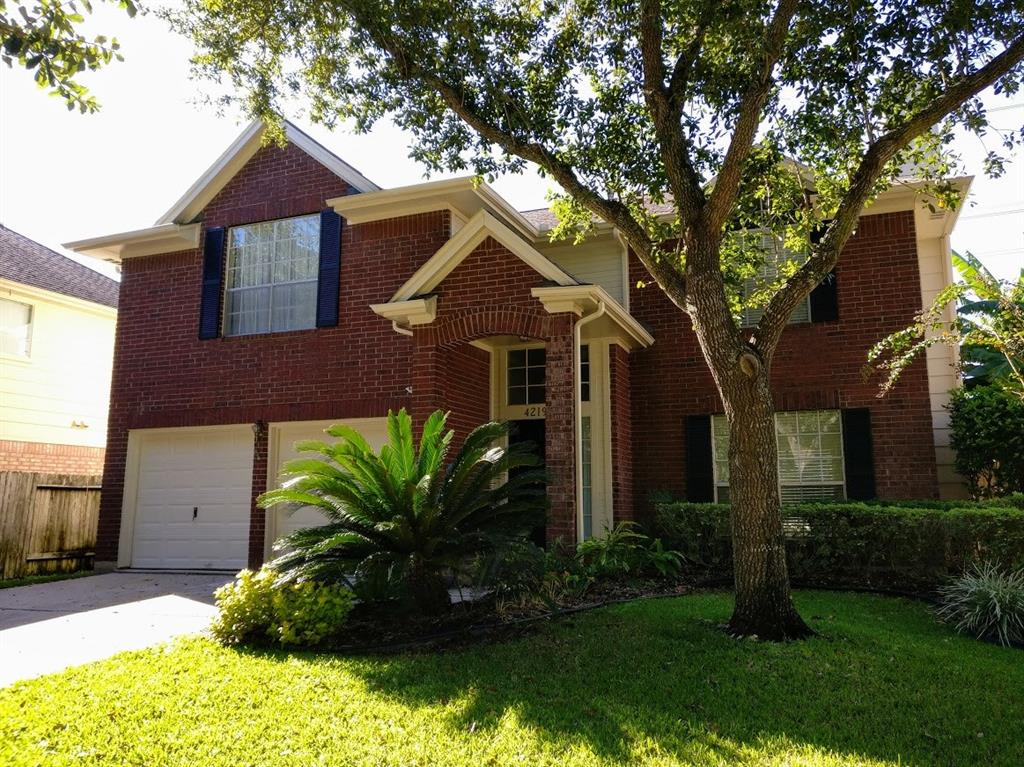 Photo of home for sale at 4219 Margate Drive, Sugar Land TX