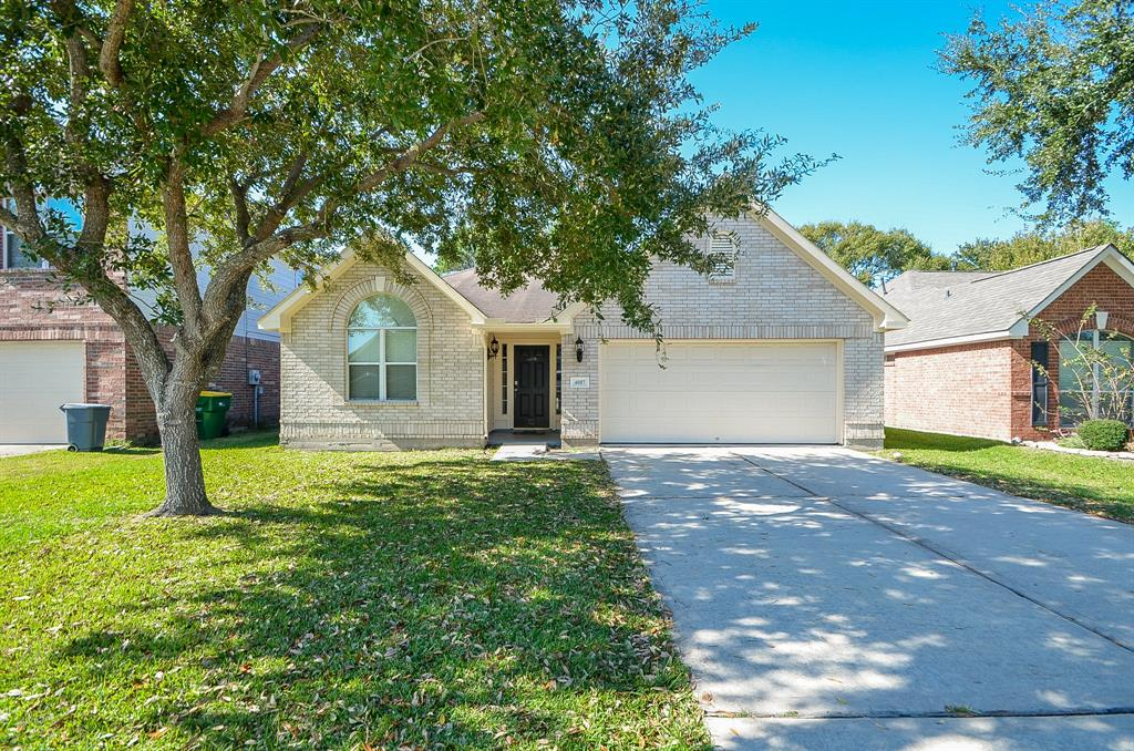 Photo of home for sale at 4007 Lindbergh Court W, Baytown TX