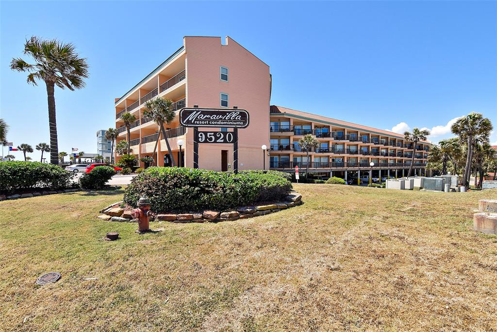 Photo of home for sale at 9520 Seawall Blvd, Galveston TX