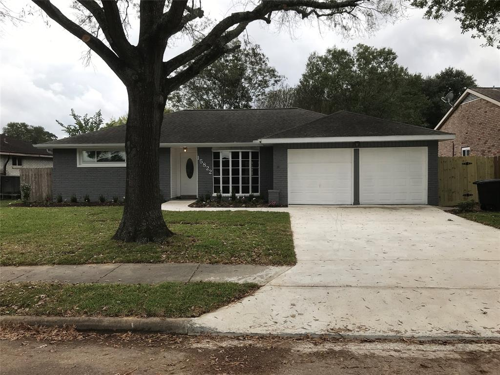 Photo of home for sale at 15822 DIANA Lane, Houston TX