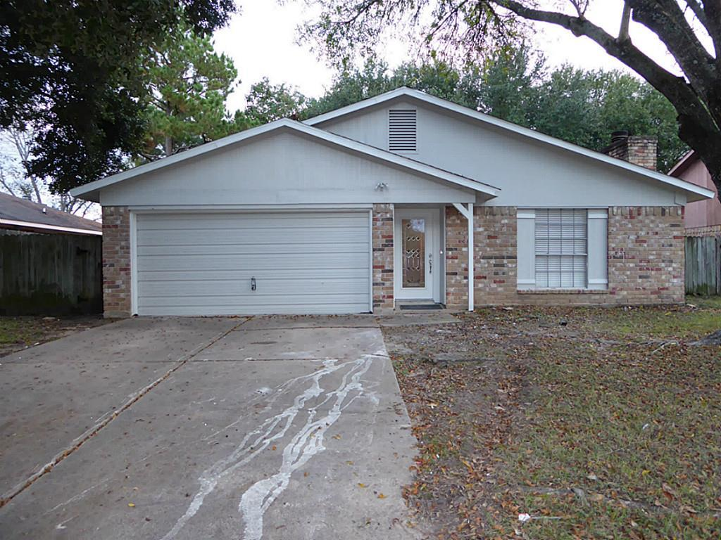 Photo of home for sale at 2222 Townhall Lane, Katy TX