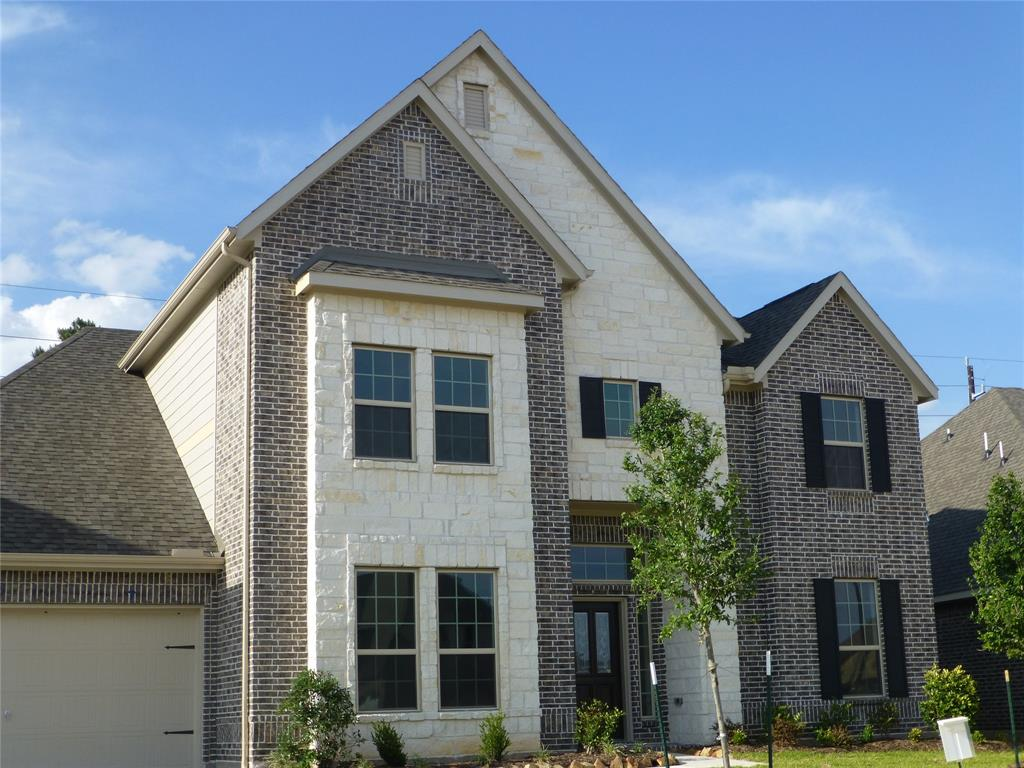 Photo of home for sale at 13602 Sedgefield Creek Trace, Cypress TX
