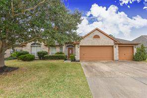 Property for sale at 3631 E Cedar Hollow Drive, Pearland,  Texas 77584