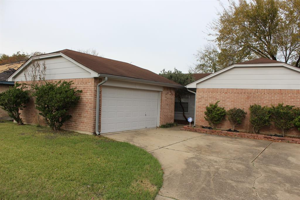 Photo of home for sale at 19310 Franz Road, Houston TX