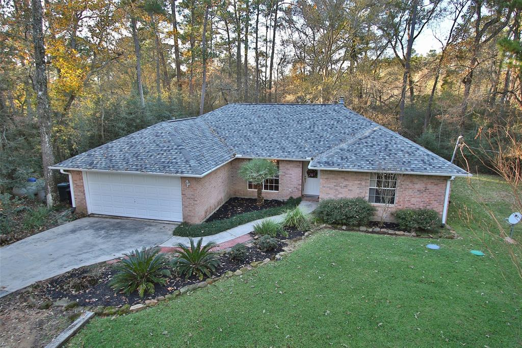 Photo of home for sale at 16603 Surrey Lane, Stagecoach TX