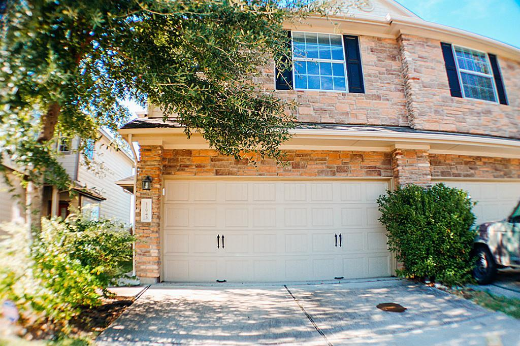 Photo of home for sale at 11943 Keystone Spring Way, Houston TX