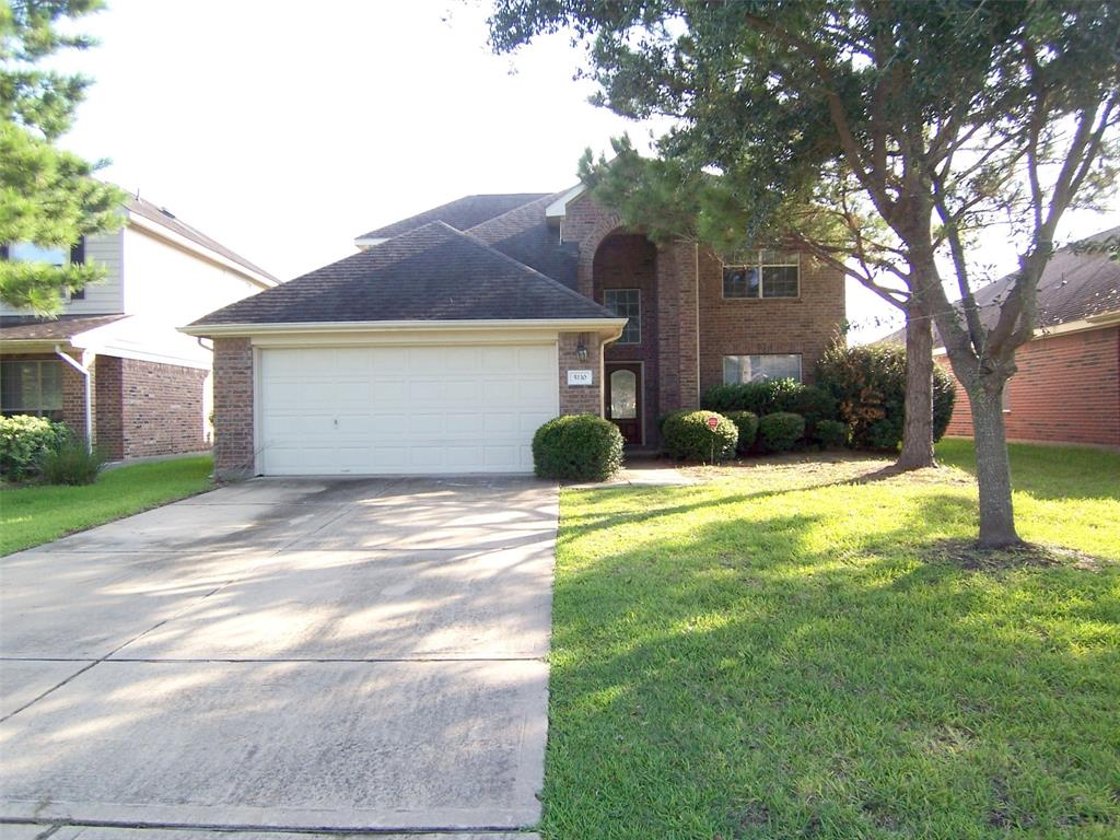 Photo of home for sale at 5110 Juniper Walk Lane, Katy TX