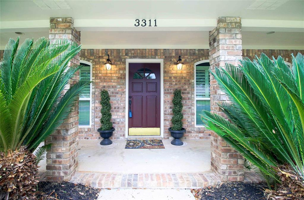 Photo of home for sale at 3311 Westchester Avenue, College Station TX