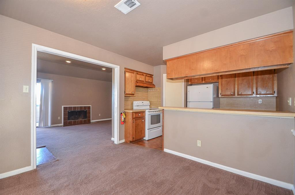 Photo of home for sale at 11511 Nobility Drive, Stafford TX
