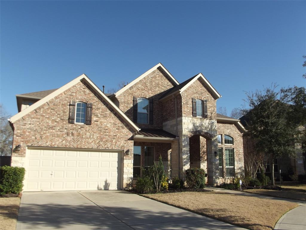 Photo of home for sale at 5806 Crawford Hill Lane, Sugar Land TX