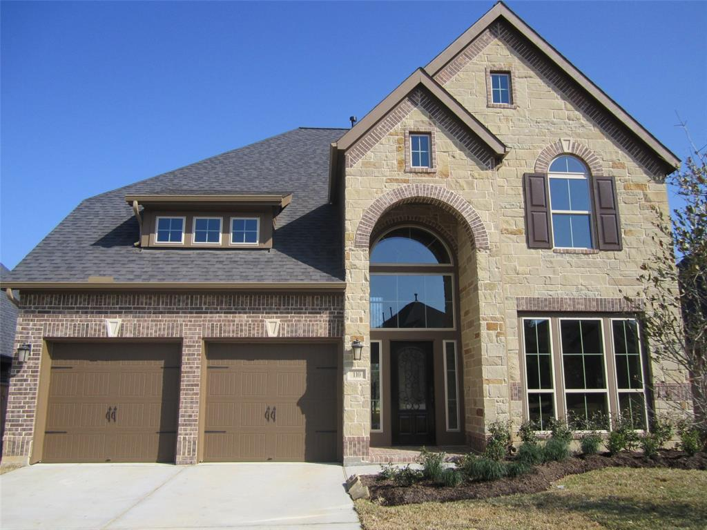 Photo of home for sale at 110 Pine Crest Circle, Montgomery TX