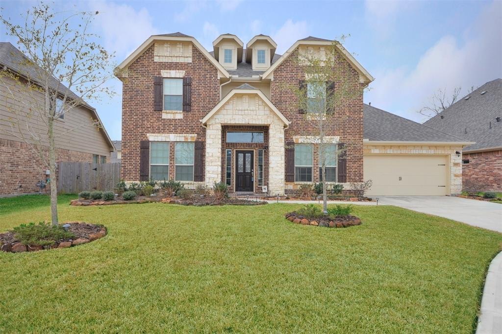 Photo of home for sale at 2617 River Slate Court, Kingwood TX