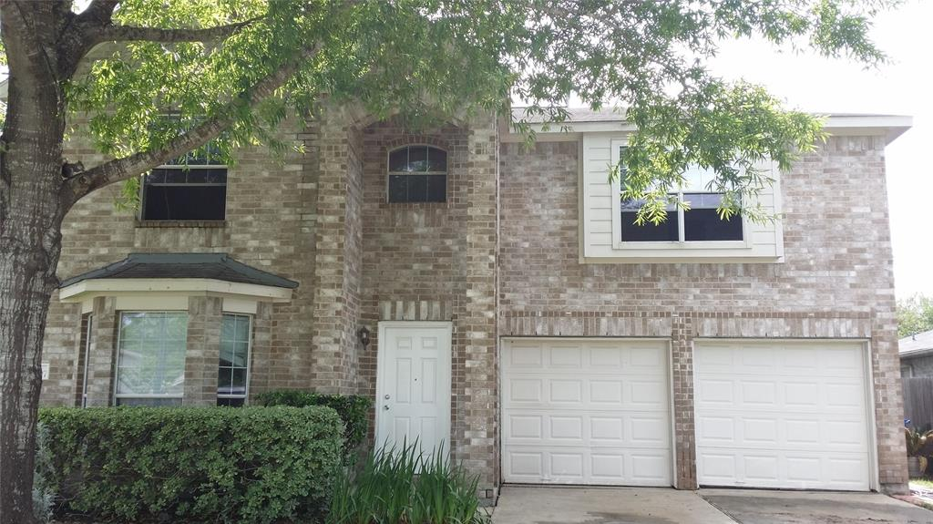 Photo of home for sale at 28907 Fox Run Boulevard, Spring TX