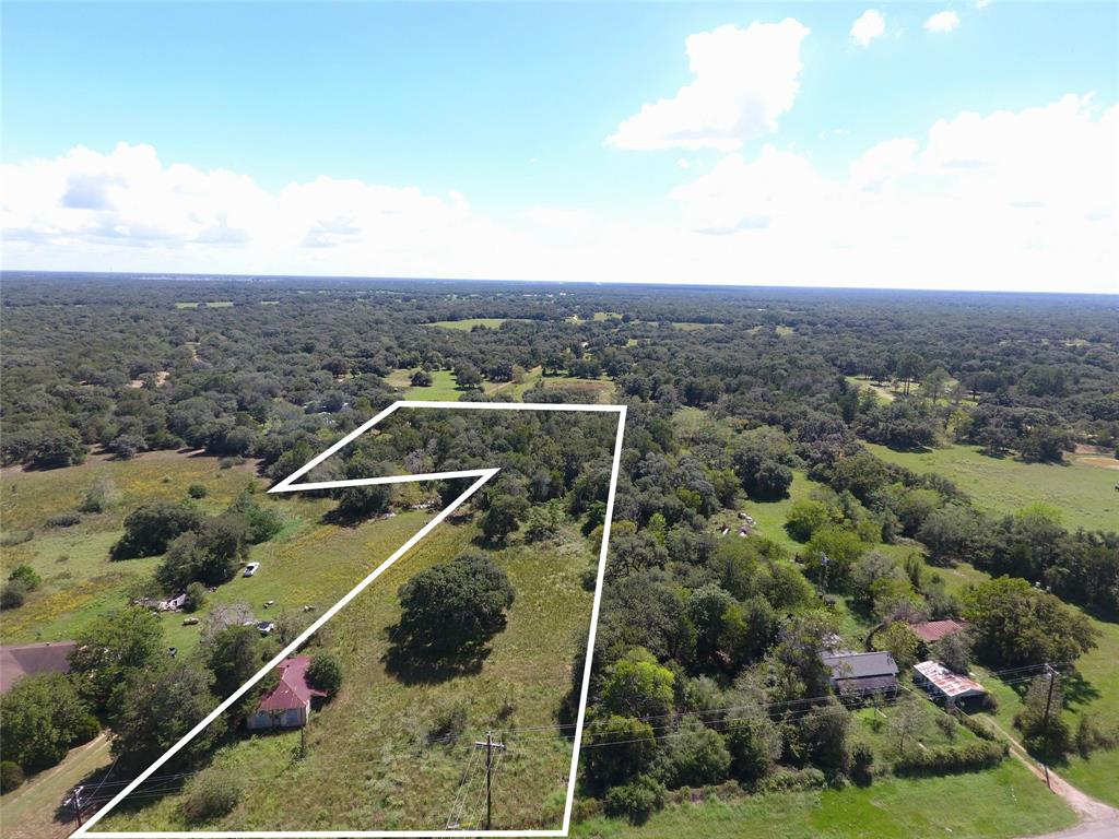 Photo of home for sale at 000 Hwy 90A, Sheridan TX