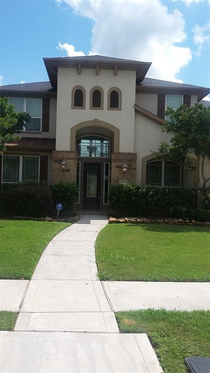 Photo of home for sale at 6119 Apple Bluff, Sugar Land TX