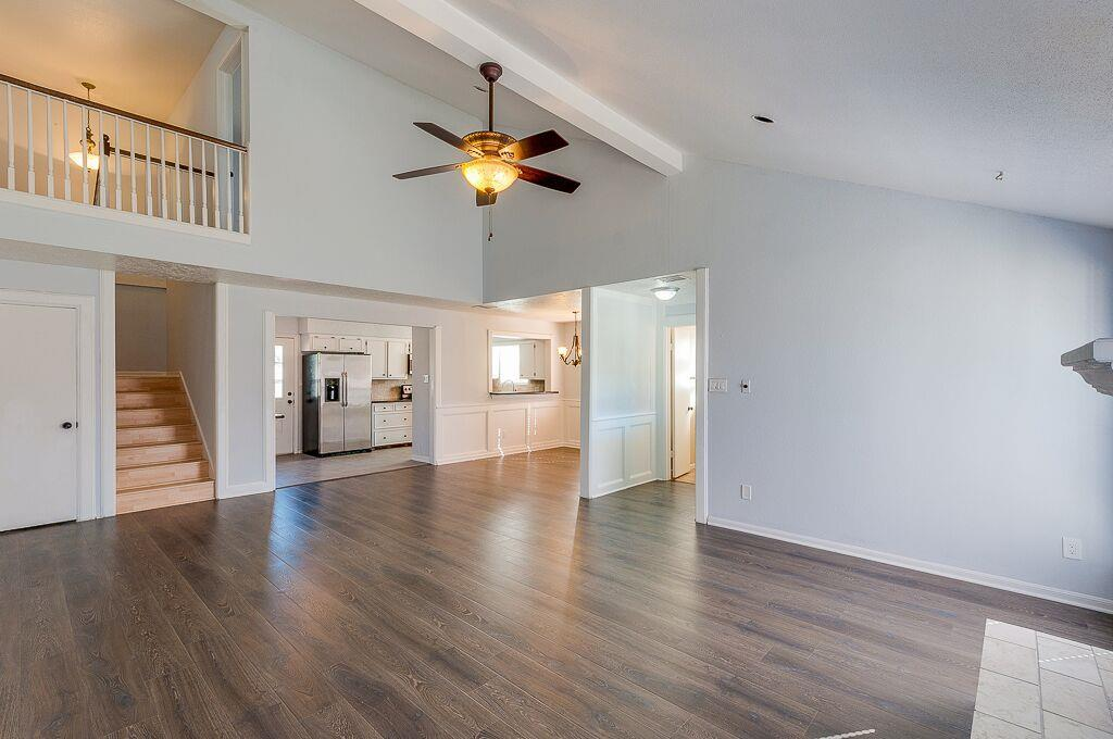 Photo of home for sale at 20806 Park Ridge Court, Katy TX
