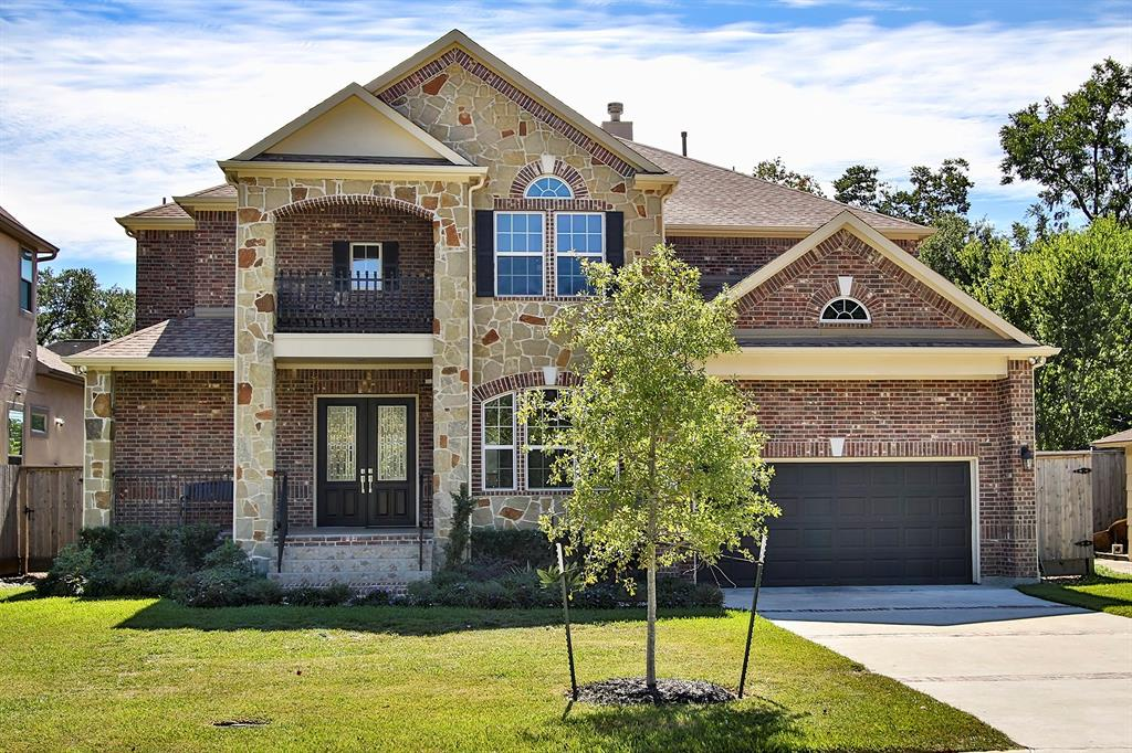 Photo of home for sale at 4627 Pine Street, Bellaire TX