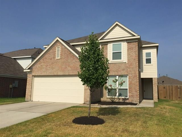 Photo of home for sale at 16842 Blackberry Lily Lane, Conroe TX