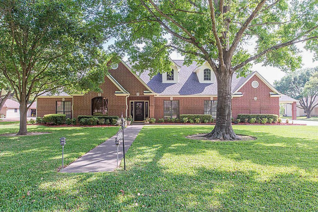 Photo of home for sale at 6005 Franz Road, Katy TX