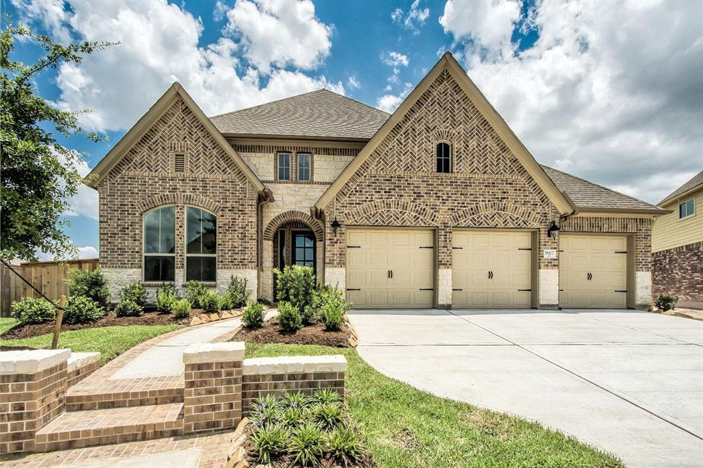 Photo of home for sale at 18807 Box Fort Lane, Cypress TX