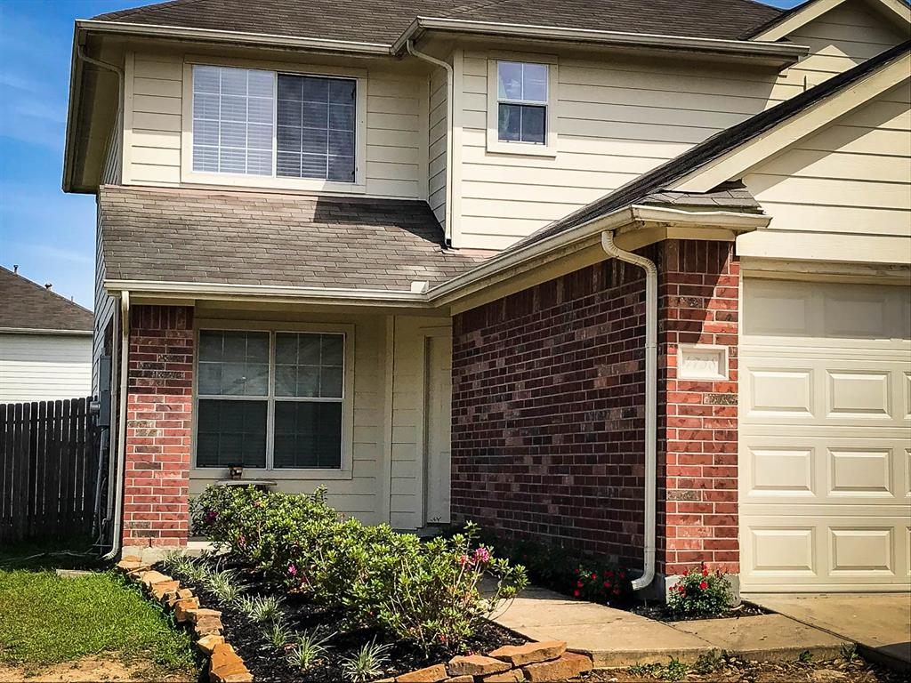 Photo of home for sale at 4738 Windy Cypress Court, Katy TX