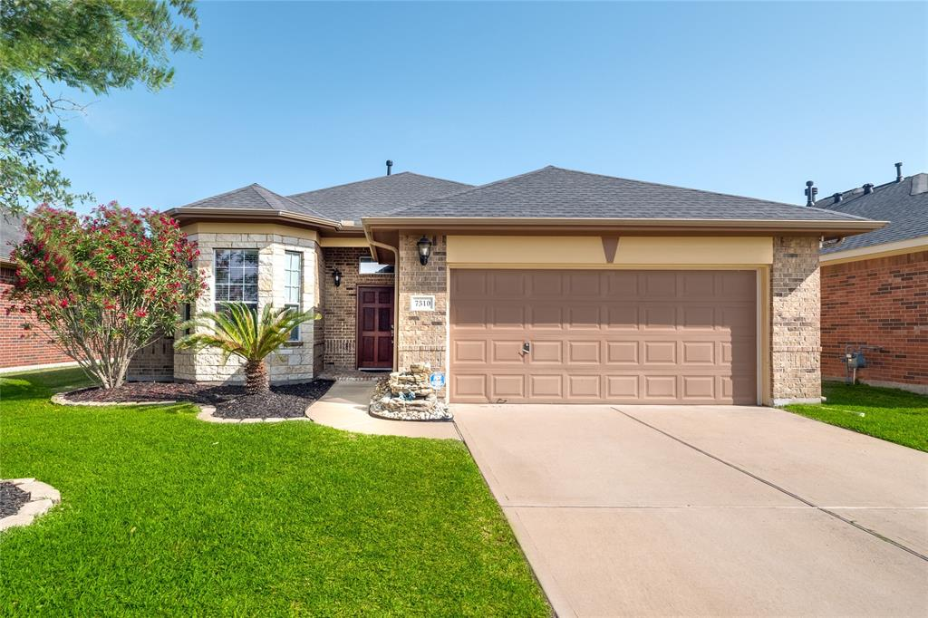 Photo of home for sale at 7310 Compass Rose Drive, Richmond TX