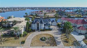 Property for sale at 2002 Shoreline Drive, Seabrook,  Texas 77586