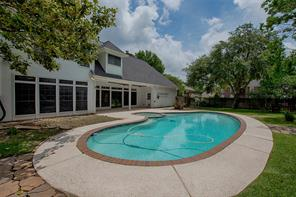Property for sale at 1406 Silverleaf Drive, Friendswood,  Texas 77546