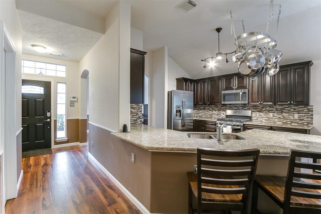 Photo of home for sale at 7534 Northfork Hollow Lane, Richmond TX