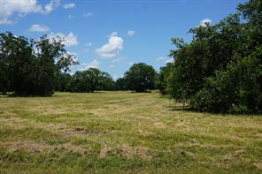 Property for sale at 405 Pony Trail, Angleton,  Texas 77515