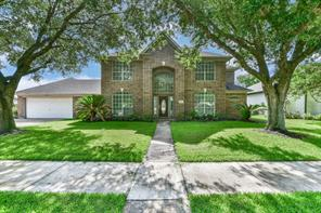 Property for sale at 3028 Country Club Drive, Pearland,  Texas 77581