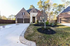 Property for sale at 100 Dawning Rays Ct, Conroe,  Texas 77304
