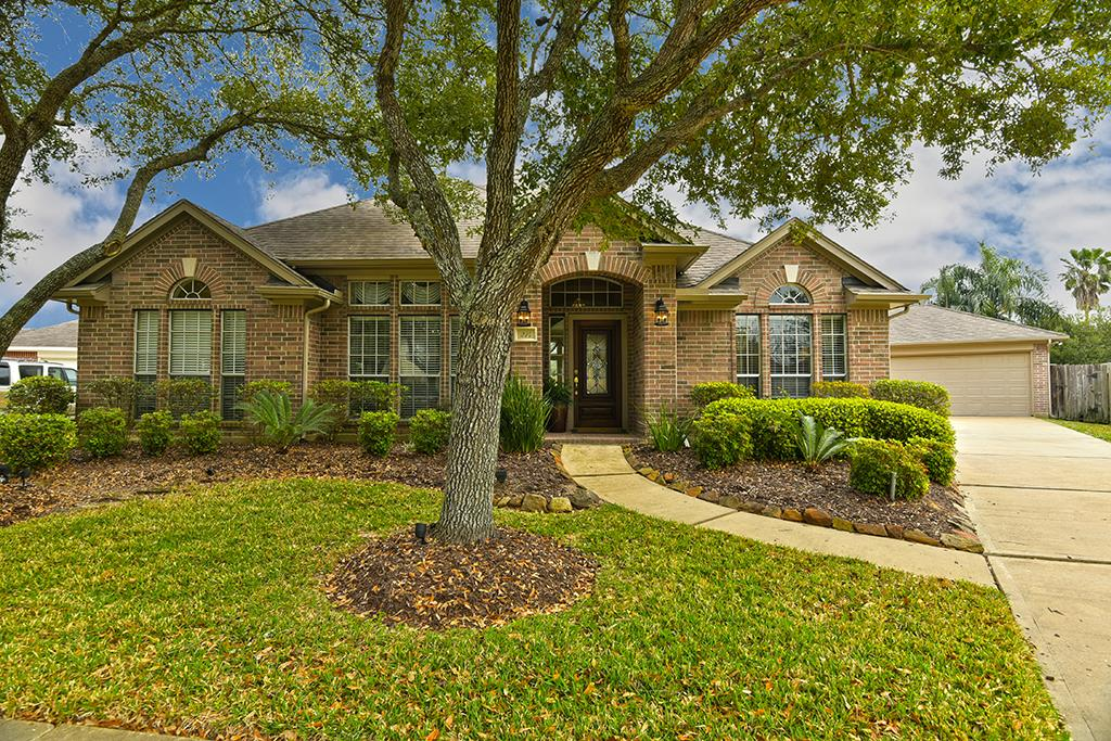 214 Calypso Lane, League City, TX 77573 - Featured Property