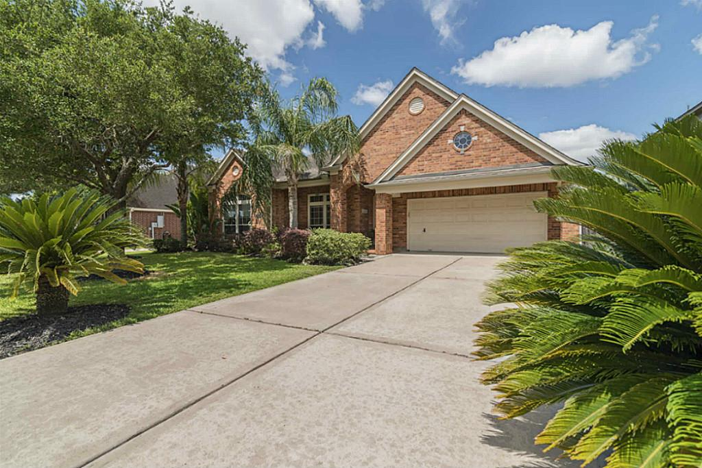 2914 Grand Shore Court, League City, TX 77573 - Featured Property