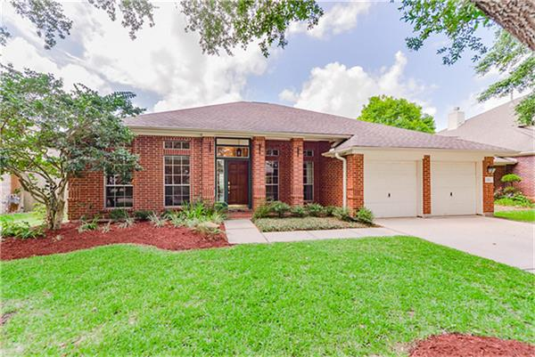 3118 Ravens Lake Circle, League City, TX 77573 - Featured Property