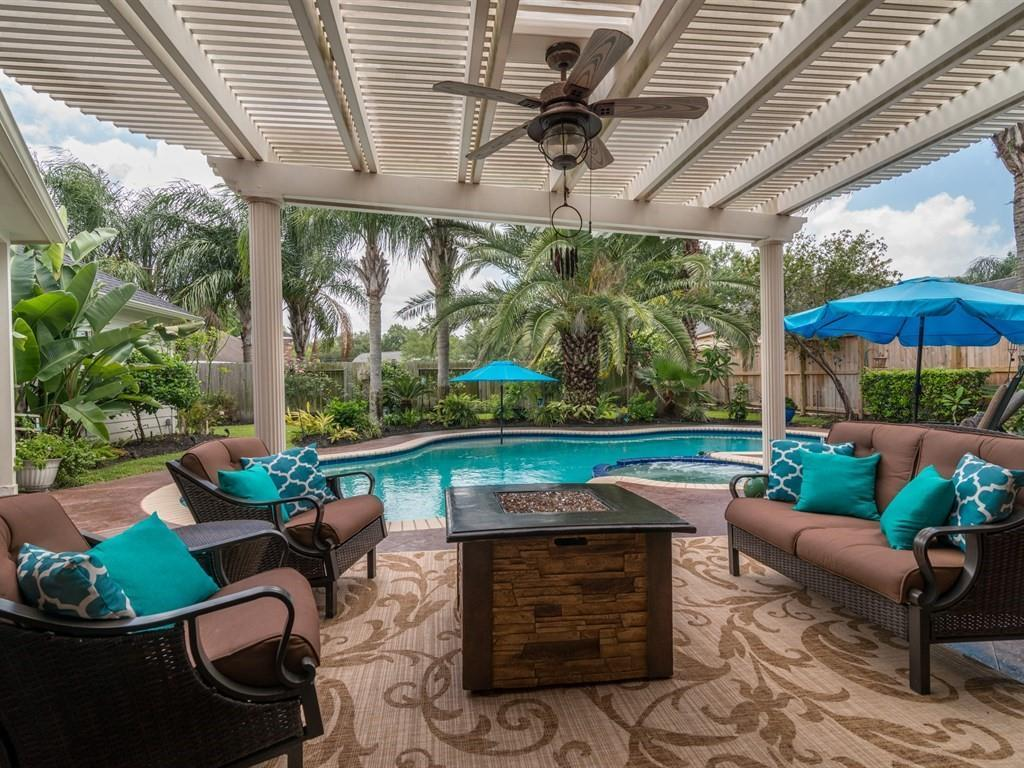 3102 Sea Channel Drive, Seabrook, TX 77586 - Featured Property